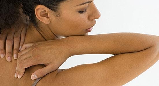 10 Consejos para Curar el Acne en la Espalda y Cuerpo